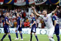 Marcus Berg (i vitt) och hans Al Ain har fotbollsvärldens blickar på sig inför finalen mot Real Madrid i klubblags-VM.