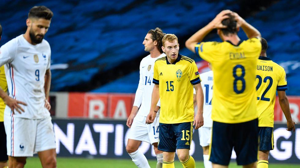 Dejan Kulusevski fick inte plats i Sveriges startelva, utan fick nöja sig med ett inhopp.