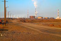 Anläggning med oljelagring i Norilsk, Ryssland.