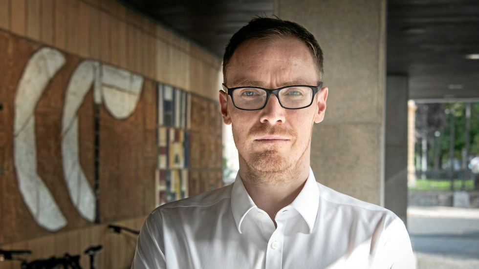 Craig Barton.