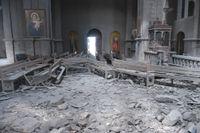En katedral som har fått skador av artillerield i samband med striderna om Nagorno-Karabach.