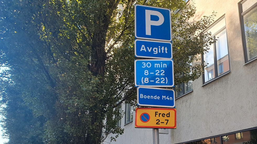 Att missa att betala parkeringsavgift är inte bra. Om skulderna läggs i en stor hög, kan fordonet bli förbjudet att använda.