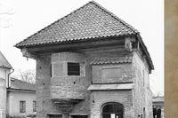 Mårten Skinnares hus i Vadstena med en för tiden modern privet.