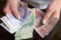 SvD:s privatekonomiska expert Annika Creutzer hjälper dig att välja mellan en kapitalförsäkring och ett investeringssparkonto.