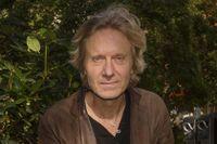 Bengt Ohlsson debuterade som 21-åring och ger nu ut sin sextonde roman.