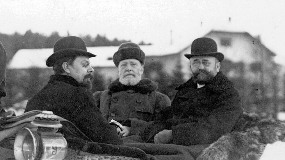 Wiens borgmästare Karl Lueger (i mitten i släden) blev under decennierna kring sekelskiftet en ledande kraft bland den lägre medelklassen i staden, inte minst på grund av de antisemitiska utfallen.