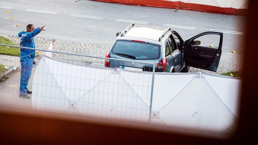 Två personer sköts ihjäl i en svenskregistrerad bil i Köpenhamnsförorten Herlev den 26 juni 2019.