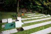 Upp emot 115 bronsplattor har stulits från askgravplatserna på en kyrkogård i Falun. Kyrkogården på bilden är inte den drabbade. Arkivbild.