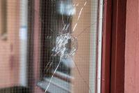 Polisen sköt på torsdagen ihjäl en 20-årig ung man med downs syndrom, i Vasastan, Stockholm.