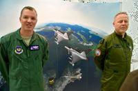 Den amerikanske kontingentschefen, överstelöjtnant Jefferey Montgomery och biträdande övningsledare för Arctic Challenge Exercise överste Carl-Johan Edström.