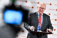 Swedbank öppnar för att stämma ex-vd