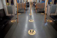 Passagerarna börjar sakteliga återvända till Oslos tunnelbana, men än råder många smittskyddsåtgärder. Arkivbild.