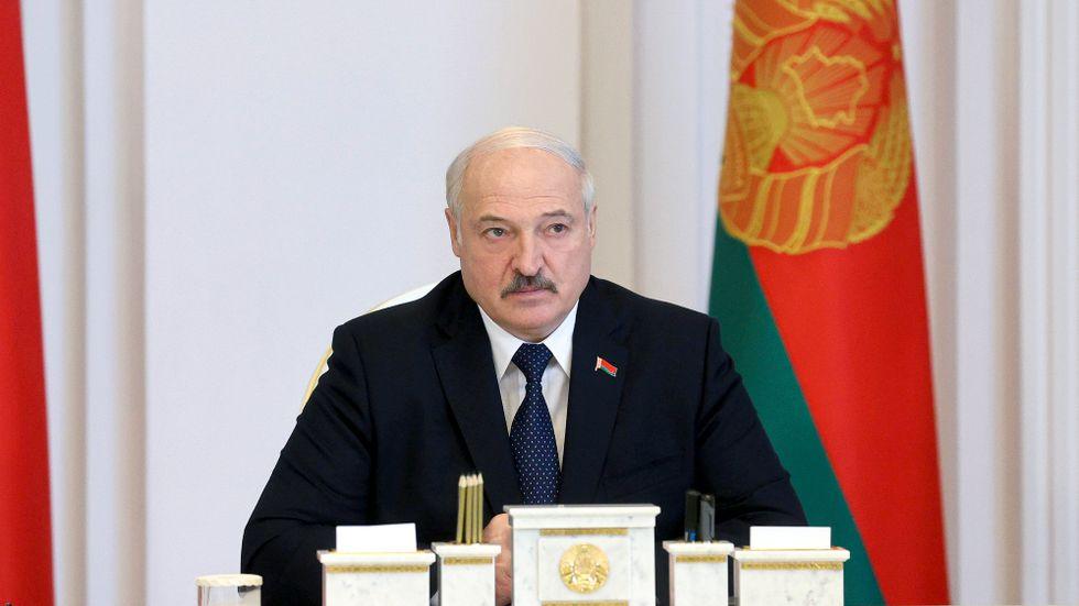 Belarus president Aleksandr Lukasjenko under ett möte i huvudstaden Minsk den 23 juli.