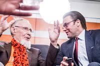 Det blev ett glatt återseende mellan Ingvar Kamprad och Prins Daniel.