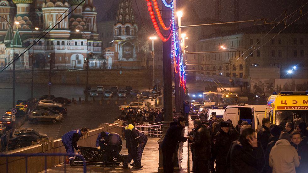 Mordet på oppositionsledaren Boris Nemtsov skulle skrämma alla till tystnad. Nu tystas också hela organisationer.