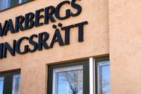 En man i 40-årsåldern döms av Varbergs tingsrätt till tio års fängelse för grov våldtäkt mot barn. Mannen ska i flera år har utnyttjat ett barn som besökt hans hem. Arkivbild.
