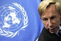 Franska myndigheter tackar den svenske visselblåsaren Anders Kompass.