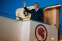 Donald Trump landade i Singapore på söndagen.
