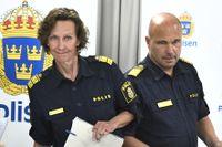Fr v Gunnar Appelgren, kommissarie, Carolina Paasikivi, polisområdeschef, Po Stockholm Syd, och Ulf Johansson, regionpolischef Stockholm