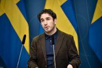 Socialförsäkringsminister Ardalan Shekarabi (S) säger att det behövs ökade insatser för att stänga ute illegalt spel från den svenska spelmarknaden.