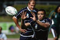 Sydafrikas Bryan Habana finslipade igår formen inför rugby-VM – världens fjärde största idrottsevenemang efter sommar-OS, fotbolls-VM och vinter-OS.
