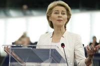 Ursula von der Leyen talar inför EU-parlamentet.
