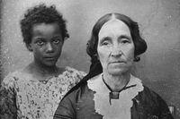 En kvinna från New Orleans med sin unga tjänarinna, daguerrotypiporträtt från cirka 1850