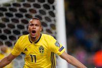 Robin Quaison vrålar ut sin glädje efter 1–0-målet mot Rumänien.