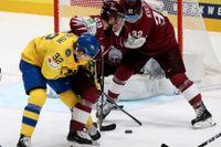 Tre Kronor, här med Oskar Lindblom, kommer att få spela VM i Riga i vår. Arkivbild.