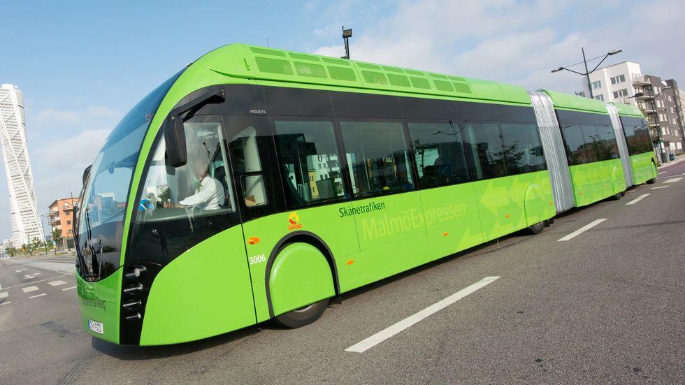 En så kallad superbuss i Malmö.
