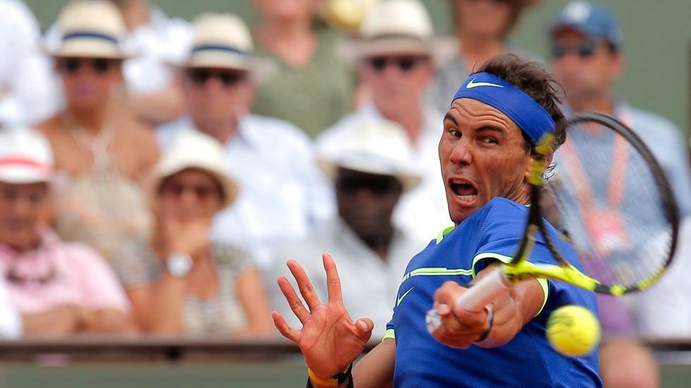 Rafael Nadal säkrade sin tionde seger i Franska mästerskapen via 6–2, 6–3, 6–1 mot Stan Wawrinka.