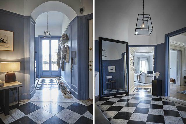 I hallen hänger konst från Bernard Vener.