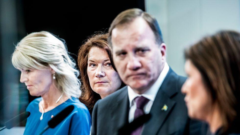 Utrikesminister Ann Linde och statsminister Stefan Löfven samt arbetsmarknadsminister Eva Nordmark och utrikeshandelsminister Anna Hallberg. Arkivbild.