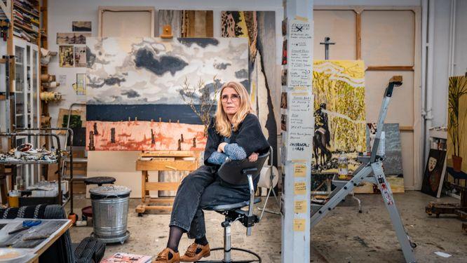 Karin Mamma Andersson ställer ut på Louisiana i Danmark.