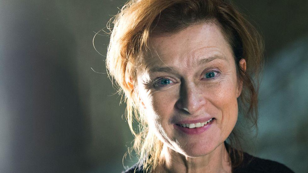 """Bland höstens regissörer finns Lena Endre som tar sig an den brittiske dramatikern Philip Ridleys """"Öm napalm"""", premiär den 18 december."""