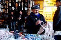 """Det finns inte mycket som är """"Made in Iraq"""" att handla i affärerna. Skohandlare i Arbil och Suleimania berättar att alla deras skor är importerade från Turkiet eller Iran."""