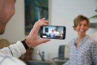 Målet med den livestreamade visningen var att kunna ge fler spekulanter möjligheten att ta del av en bostadsvisning i Åre, menar Johan Vesterberg.