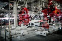 SvD besökte som första svenska medie Tesla fabriken i San Francisco, USA, 2014. Här produceras ca 800 bilar i veckan.