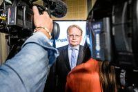 """""""Vi är inte beredda att gå ut med det offentligt"""", säger försvarsminister Peter Hultqvist (S) om cyberangreppet Cloud Hopper."""
