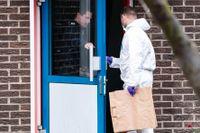 Polis och kriminaltekniker i Malmö efter en dödsskjutning på lördagsmorgonen.