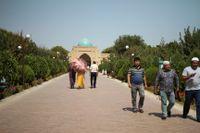 Det sekulariserade Uzbekistan kommer nu tillåta flickor att bära slöja i skolan. Arkivbild.