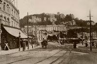 Strand i Torquay – någon gång efter att spårvagnen införs 1907.