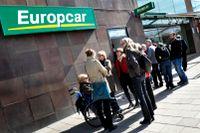 Europcar Sverige förutspår en kommande brist på hyrbilar när det vankas semestertider.