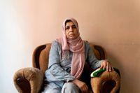 Shadias son var aktiv i upproret mot Syriens president Bashar al-Assad. För att få honom att sluta fängslade de hans mamma.