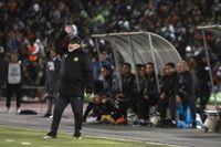 Diego Maradona som tränare för Dorados de Sinaloa under en match i november.