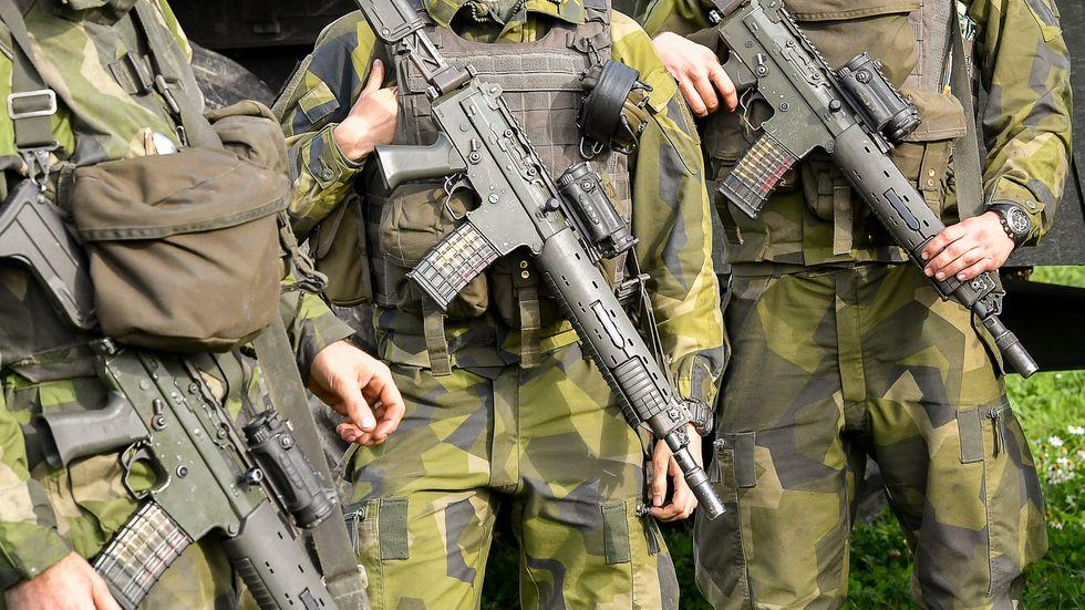 20 moderater föreslår i en riksdagsmotion att militär ska kunna sättas in i Stockholms förorter. Arkivbild.