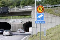 Lundbytunneln med fartkamera, Eriksbergsmotet. 4239 fortkörare har fastnat på bild mellan Eriksbergs- och Bräckemotet på vägsträckan i Göteborg, flest i Sverige.