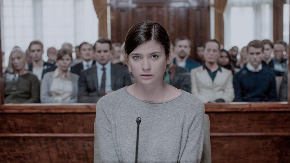"""Hanna Ardéhn gör en storartad insats i """"Störst av allt""""."""