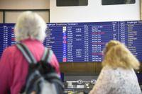 Väntan på Arlanda. Drygt 400 passagerare har väntat på flygplatsen sedan i morse. Arkivbild.