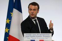 Frankrikes president Emmanuel Macron utlovar krafttag mot kvinnovåld i ett tal för att högtidlighålla att lördagen är Internationella dagen mot våld mot kvinnor.
